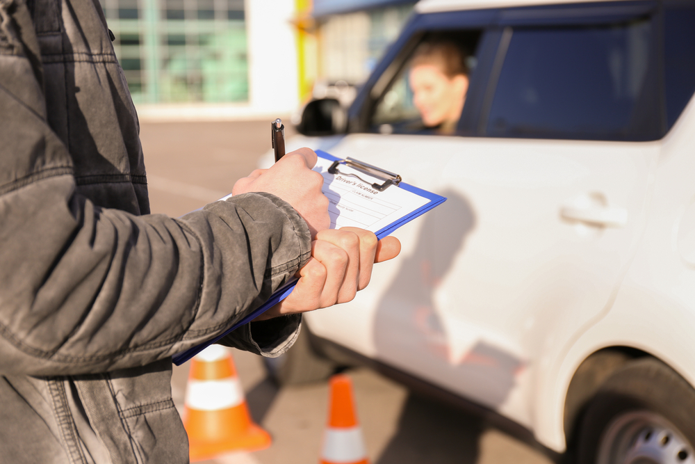 Top 5 DMV Test Myths That Confuse Young Drivers