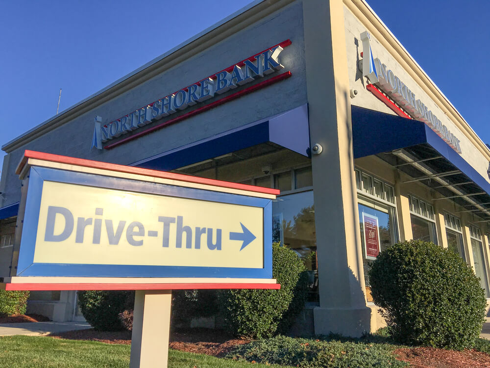 First Fast Food Restaurant With A Drive Thru