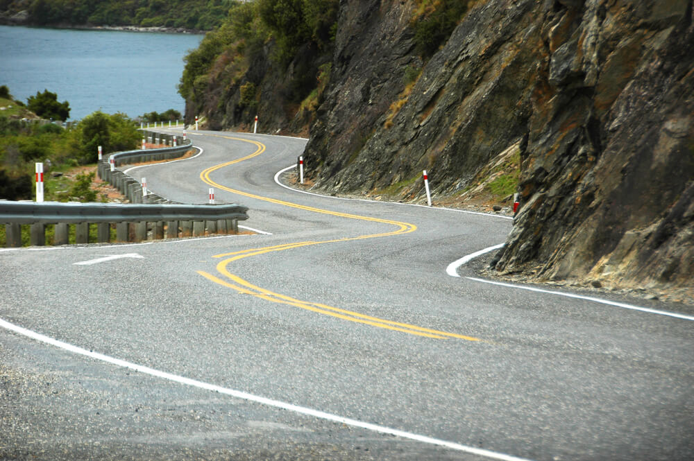 This Is How You Stay Safe While Driving on Curvy Roads