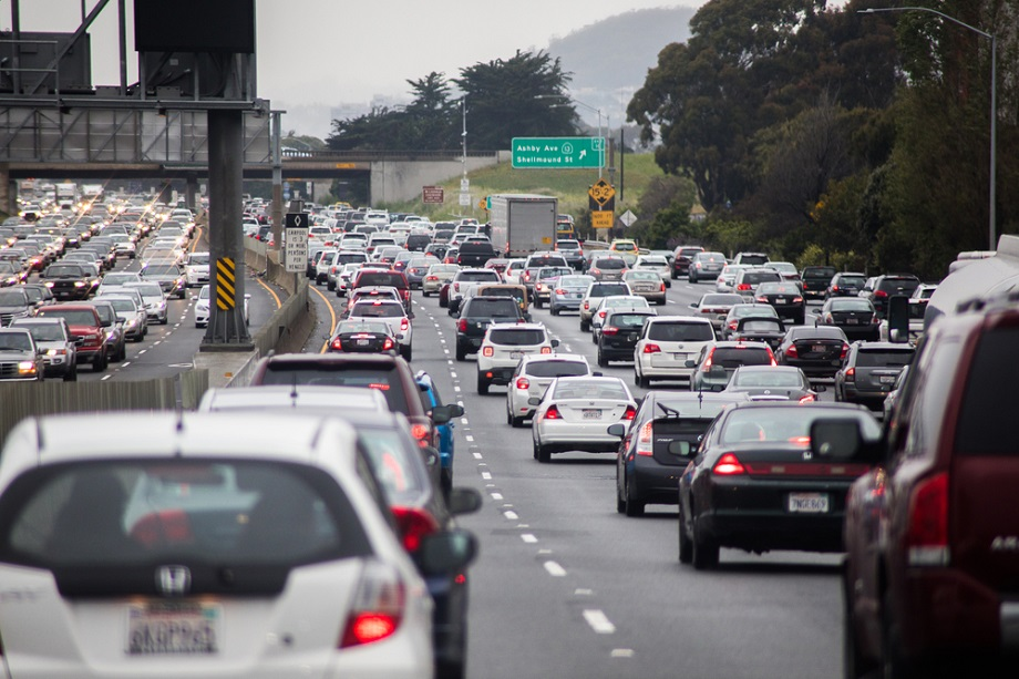 How To Survive Your Commute Top 10 Traffic Jam Tips